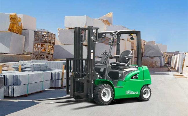 XC series electric forklift with Li-Ion power 2.0~3.5t. 12